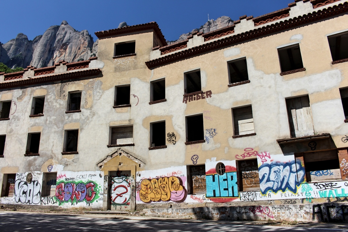 El Colonia Puig, un hotel abandonado